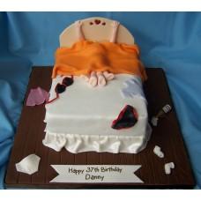 Honeymoon Fondant Cake